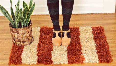 tappeti fatti in casa realizzare tappeti in casa con il fai da te foto