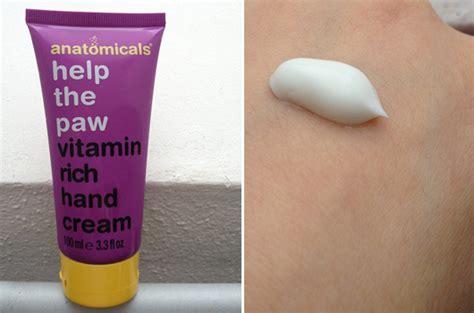 Anatomicals Help The Paw by Test Handpflege Anatomicals Help The Paw Vitamin Rich