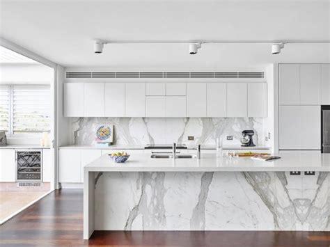 cocinas en blanco y gris ten una elegante cocina en blanco y gris