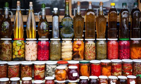 einmachen wie saisonales obst und gemuese schonend haltbar wird