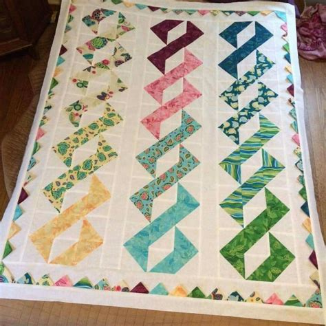 Twisted Quilt Pattern by Dna Or Twist N Shout Pattern Quilts Quilt