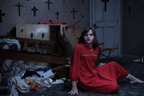 biography of movie the conjuring an extensive look at the conjuring 2 photo gallery