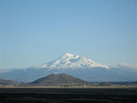mountain shasta weather mount shasta mountain photo by bruce lacroix 9 35 pm 24 jan 2015