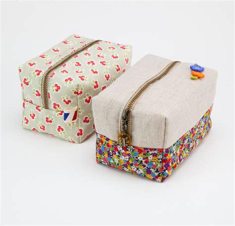 sewing pattern zipper case diy block zippered pouch or makeup bag make sew