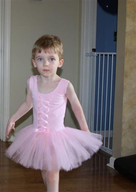 sissy boys wearing girls clothes ballet boy selena gomez pinterest ballet boys sissy
