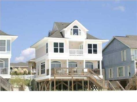 One Of The Lowest Priced Gulf Front Homes In Destin House Rentals In Destin Florida Gulf Front