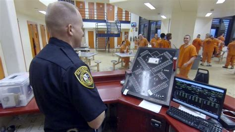 Arrest Records Bexar County Detention Officer Details Work Experiences At Bexar County