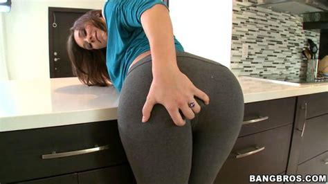 amateur latinas bending over cheek amateur latinas bending over cheek amateur ass shot