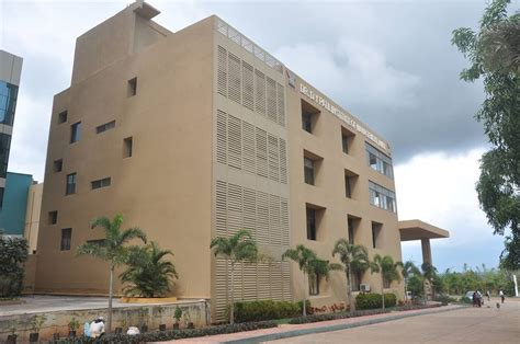 Dr Dy Patil Mba College Pune by D Y Patil Institute Of Management D Y Patil Institute Of