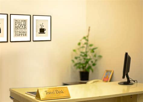 Traveler Help Desk by Astoriaveg