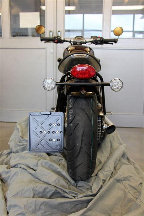 Seitlicher Kennzeichenhalter Motorrad T V by Seitlicher Kennzeichenhalter Von Abm F 252 R Die Triumph