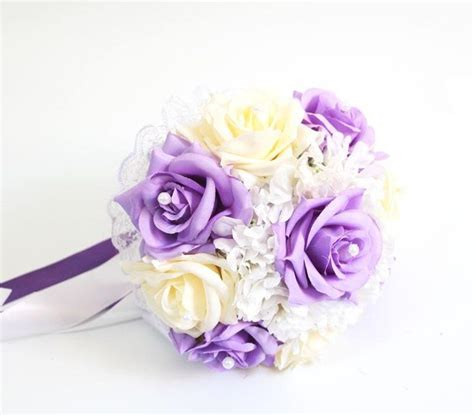 Pre Made Bridesmaid Bouquets by Best 25 Bouquet Ideas On Posy Flower