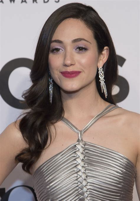 emmy rossum new hair how to achieve emmy rossum s beautiful loose curls new