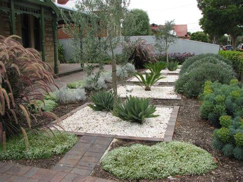 mediterrane gartengestaltung outdoor inspiration gardens mediterranean garden