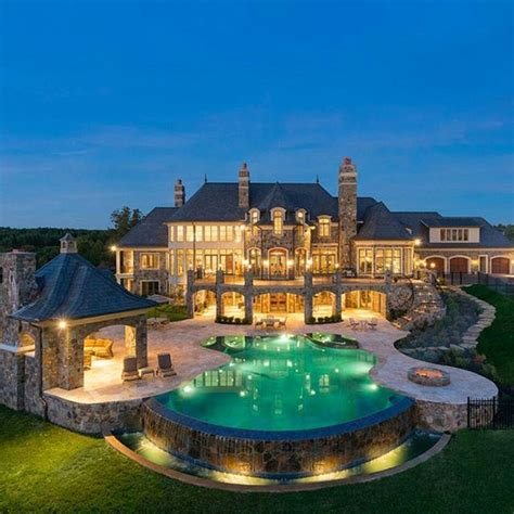 how the rich buy homes universe of luxury this extremely opulent european inspired oceanfront mega mansion is located at 12510 seminole