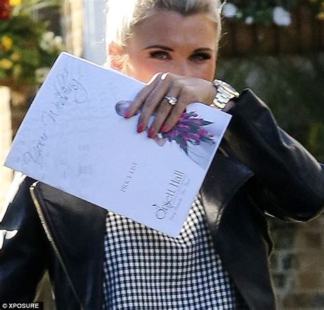 towie s billie faiers and fianc 233 greg shepherd shop around