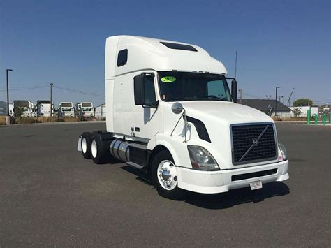 volvo semi truck sleeper 2012 volvo vnl64t670 sleeper semi truck for sale 475 562