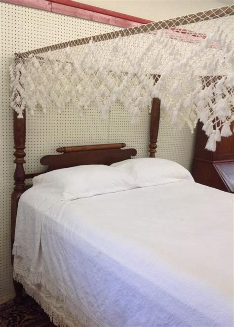 early 2 bed early american maple rope bed with full tester