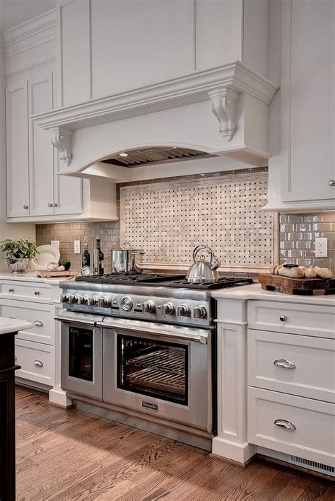 sw dover white kitchen cabinets best 25 sherwin williams dover white ideas on