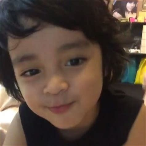 gambar korea lelaki wow 10 gambar inilah satu satunya anak lelaki izreen