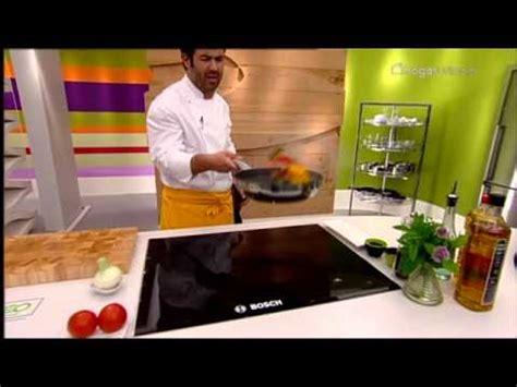 cocina con bruno cocina con bruno oteiza coca de salchichas