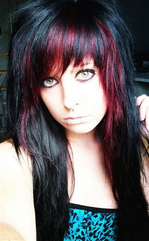 emo hairstyles with highlights 81 best black and crimson hair images on pinterest
