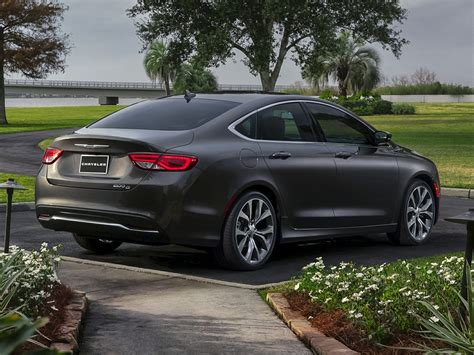 chrysler car 2016 2016 chrysler 200 price photos reviews features