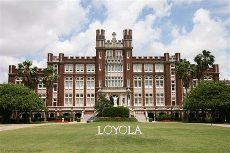 Loyola New Orleans Mba Ranking by 25 Best Ideas About Usa On