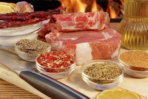 cucinare bistecca fiorentina bistecca alla fiorentina come nasce come si cucina come