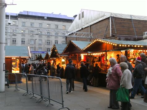 file german christmas market in leeds jpg wikipedia