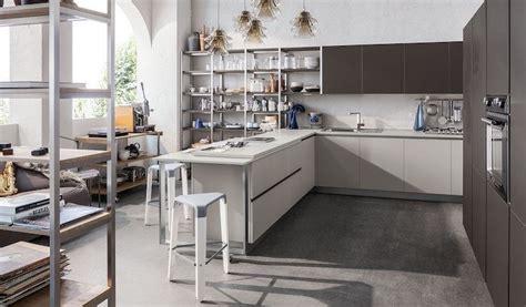 bancone per cucina cucina con penisola tutti i vantaggi cucine moderne