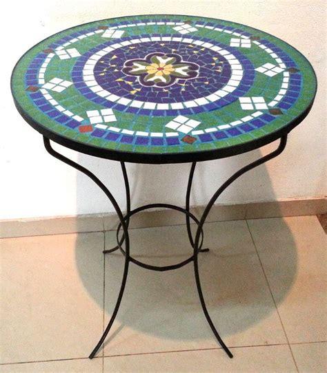 mesa de jardin  azulejos imitacion mayolica espanola