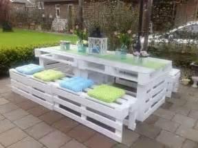 mobilier de jardin avec des palettes bricolage et
