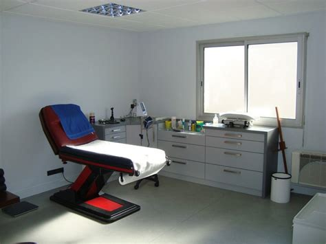 Cabinet Medicale by Cabinet Moutiers