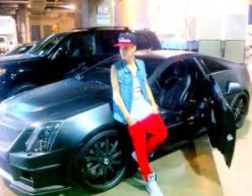 justin bieber s new car justin with his new car justin bieber photo 26339194