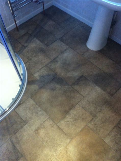 Fitting Lino In A Bathroom by Fitting Vinyl Flooring In Bathroom 28 Images
