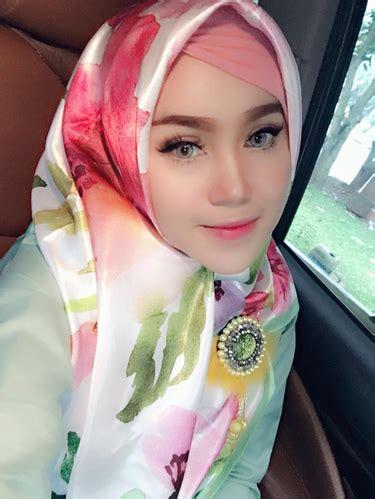 Dokter Kandungan Wanita Terbaik Di Bekasi Foto Hijab Ala Marlina Dokter Cantik Bekasi Yang Populer