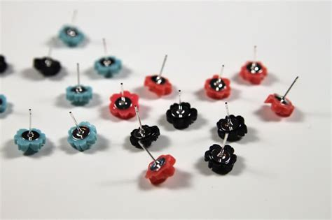 How To Make Paper Stud Earrings - resin archives hackshaw lil blue boo
