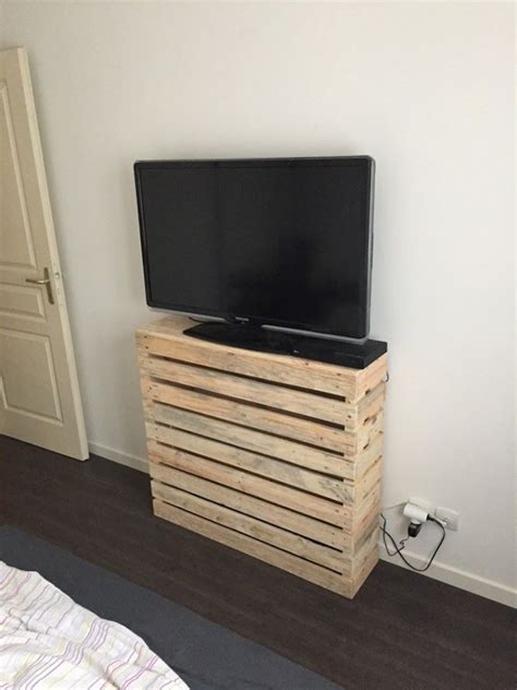Made Stand simple pallet tv stand idea pallet ideas recycled