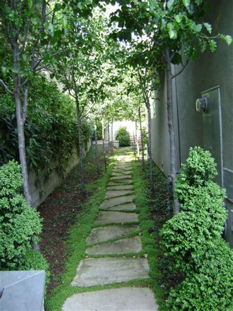 Side Yard Landscaping Ideas Traditional Landscape By Frank Grossman Landscape Contractors Inc