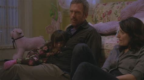 how did dr house hurt his leg the gallery for gt dr gregory house leg