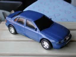 Diecast Audi A4 Midnight Blue Skala 1 43 By Minichs Audi Model Cars By Etnl Diecast Models