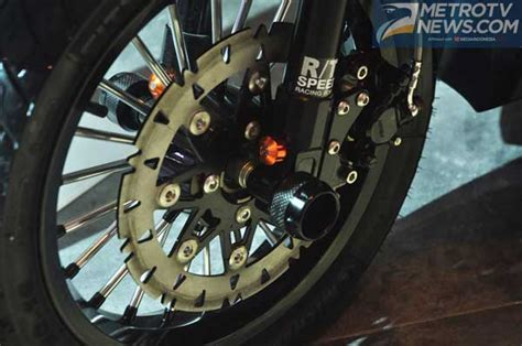 Rubber Step Floor Honda Beat Pop Karpet Genuine Part Asli Resmi motor modifikasi vario 150 esp ala beat esp