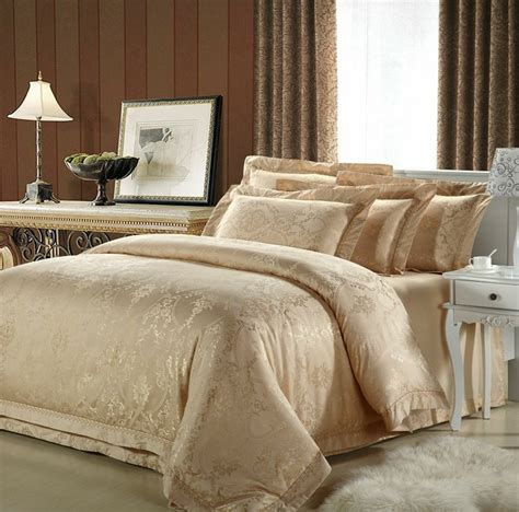 Silver And Gold Bedding Sets Wholesale Luxury White Silver Gold Silk Satin Bedspreads Embroidered Bed In A Bag Jacquard