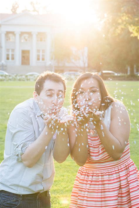 Cute First Wedding Anniversary Photo Ideas For Your Shoot!