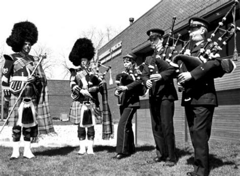 Niagara Falls Arrest Records Niagara Regional Bagpipe Band In Front Of The Station On Morrison