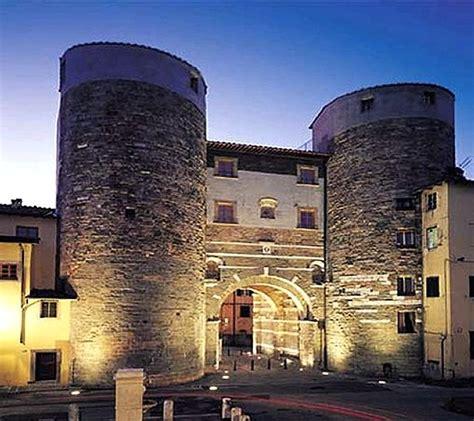 banco di lucca firenze castelli italiani castelli della toscana provincia di lucca