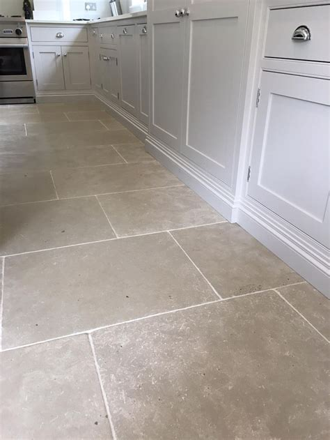 Tile Flooring For Kitchen Grey Limestone Tiles For A Durable Kitchen Floor Light Grey Toned Interior And Exterior
