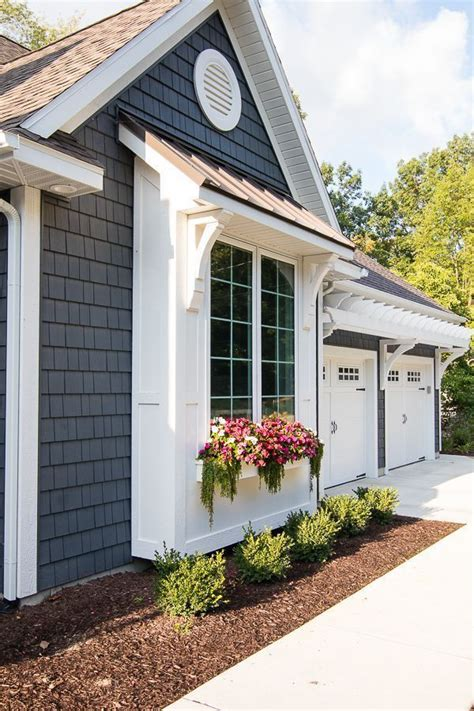 lake house exterior street side house color ideas