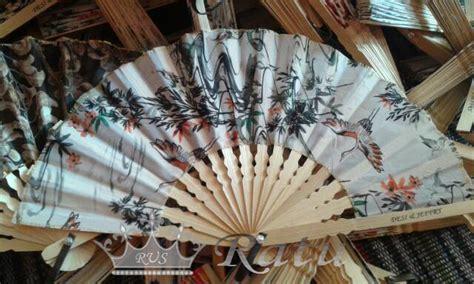 Kipas Untuk Souvenir souvenir kipas souvenir kipas pernikahan ratu undangan